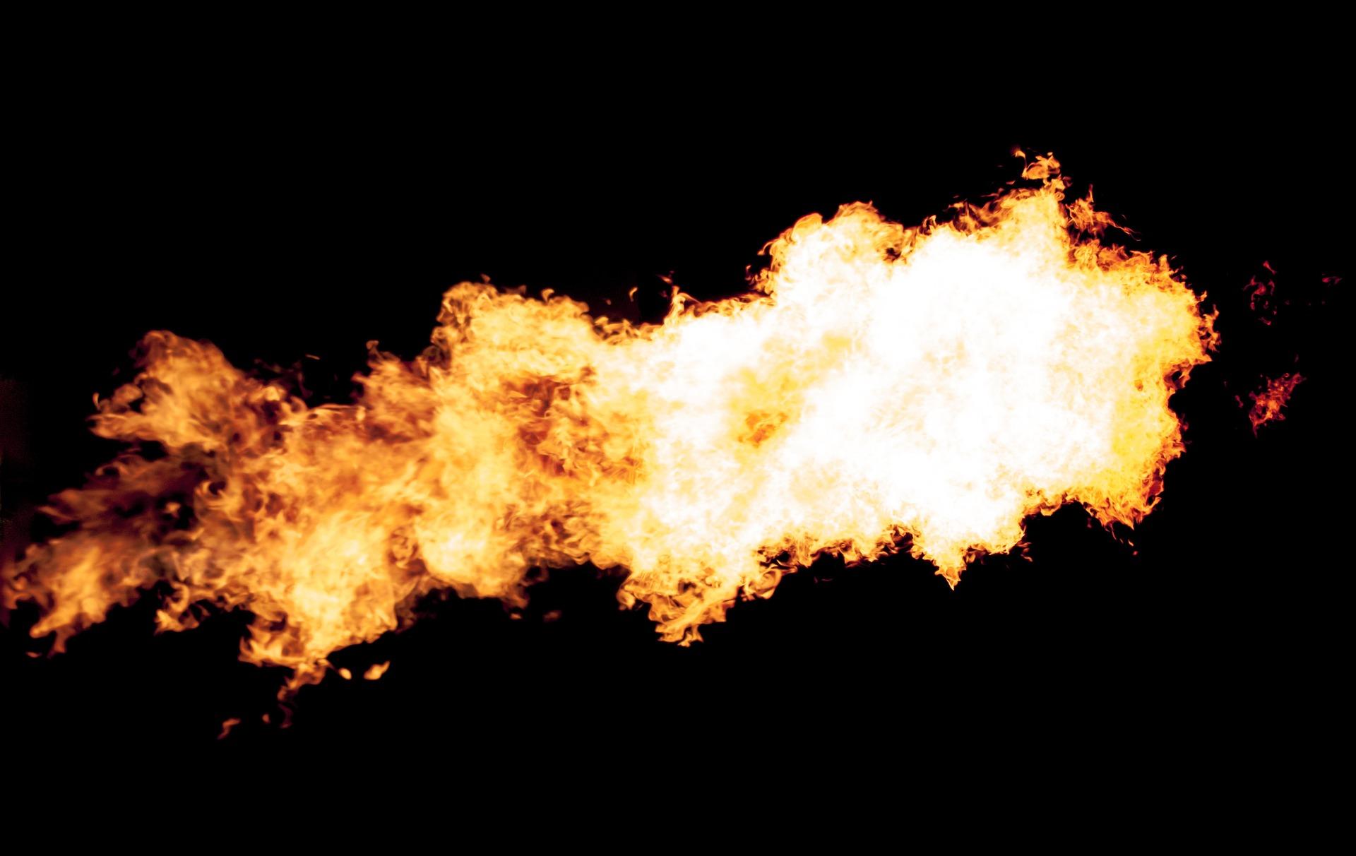 二酸化炭素は体内で作られたエネルギーが燃焼した後に出来る燃えかすのようなものです